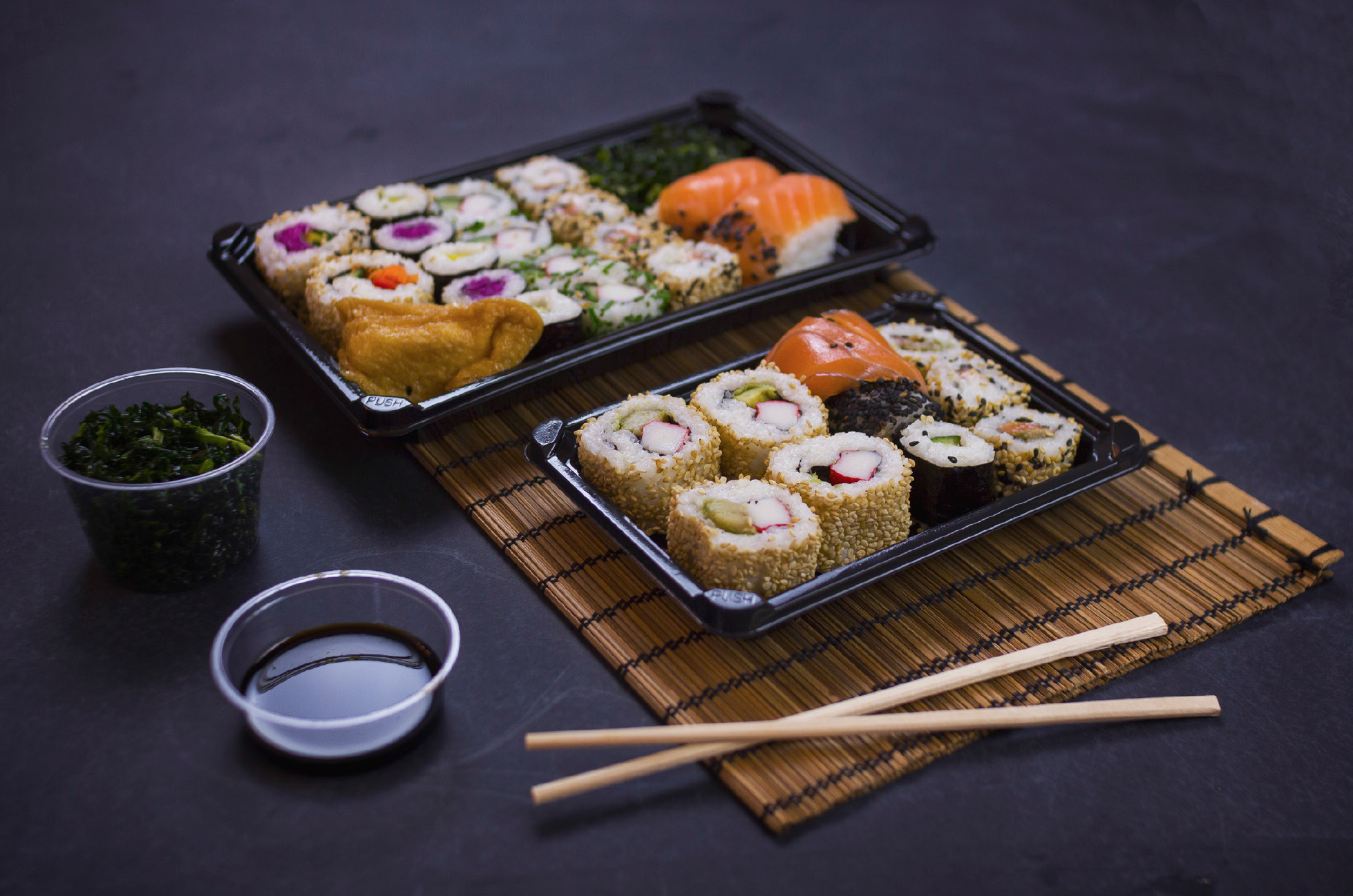 Vegware™ Compostable Black Sushi Tray and Lid Combo