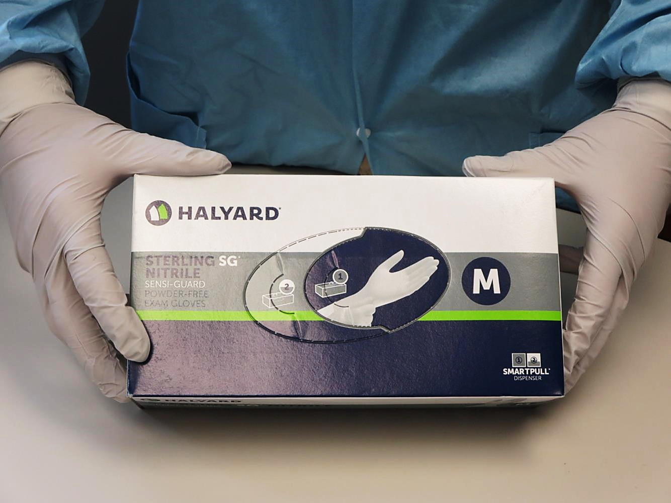 Halyard® Health Sterling SG Sensi-Guard Disposable Powder-Free Latex-Free Nitrile Exam Gloves