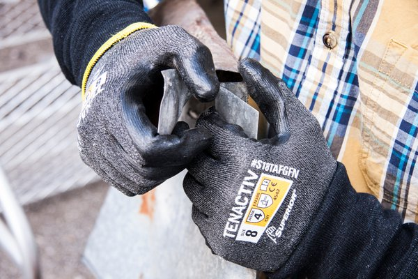 Cut Level A4 Industrial Work Gloves
