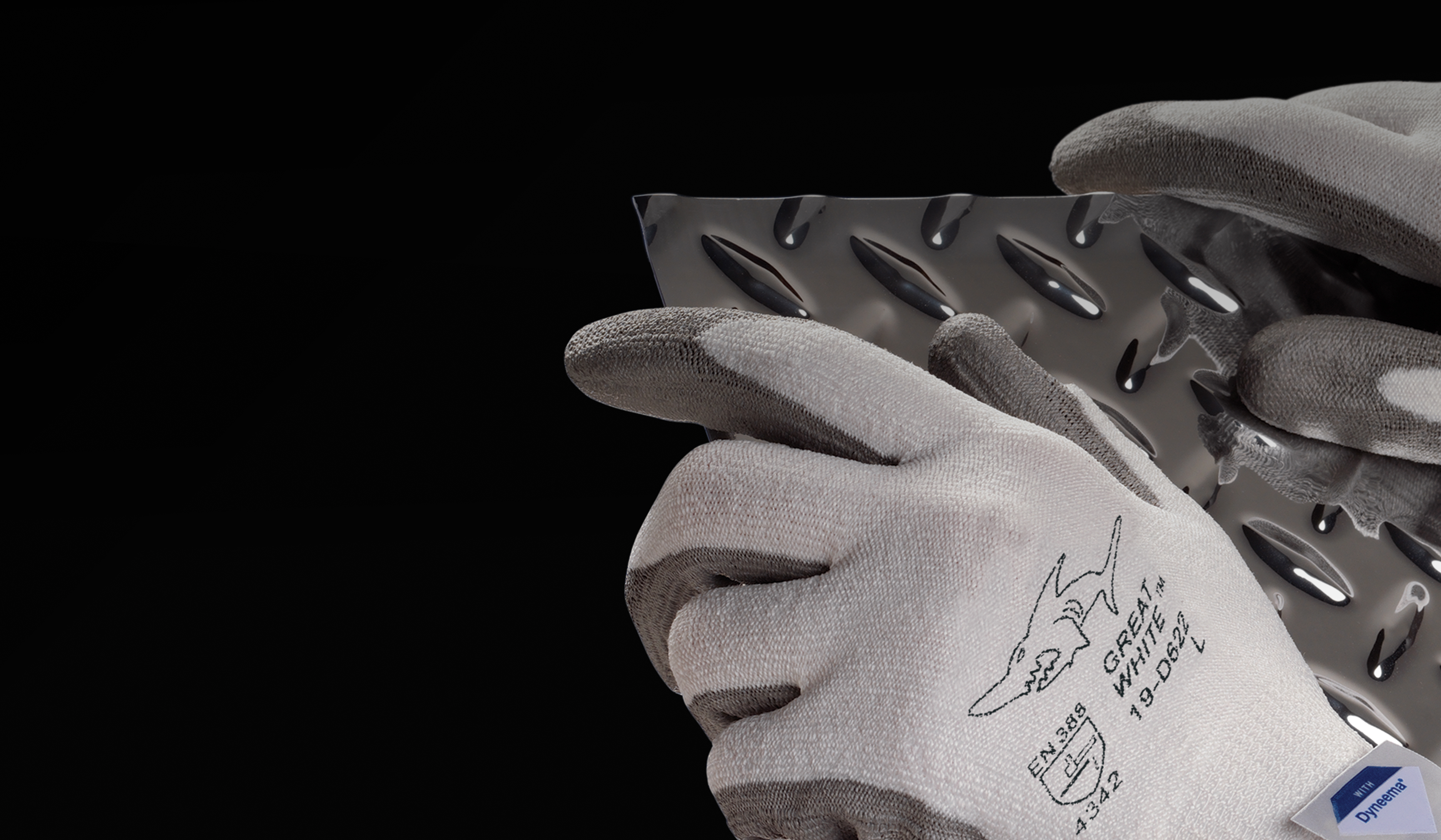 #19-D322 Great White® G-Tek® 3GX® Gloves