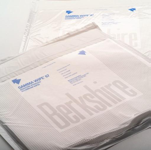 #DR670.0404.10 Gamma Wipe® 67 Sterile Polyester / Cellulose Nonwoven Disposable Certified Wiper